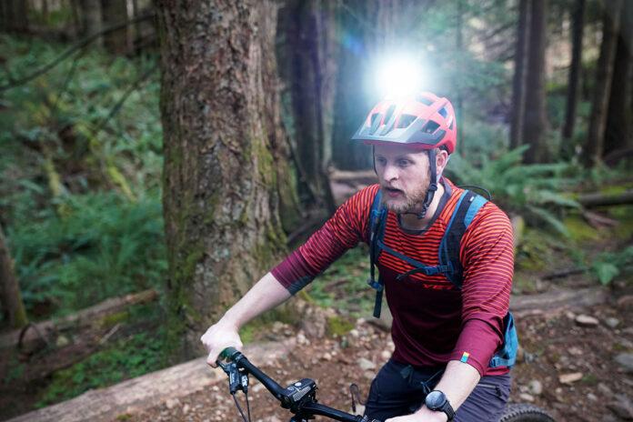 6 Best Bike Helmet Light - Cycloving Super Bright LED ...